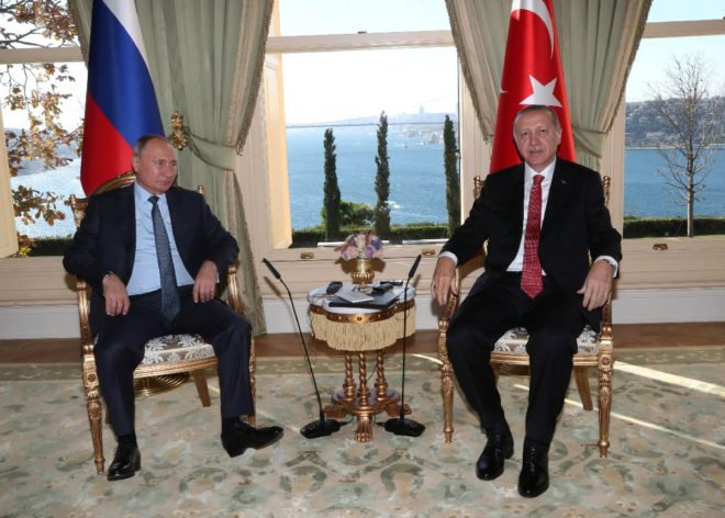 Cumhurbaşkanı Erdoğan ve Putin ikili görüşme gerçekleştirdi.