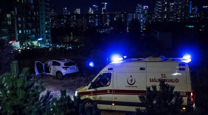 Ankara'da iki otomobilin şarampole devrildiği kazada 1 kişi yaralandı. FOTO:AA