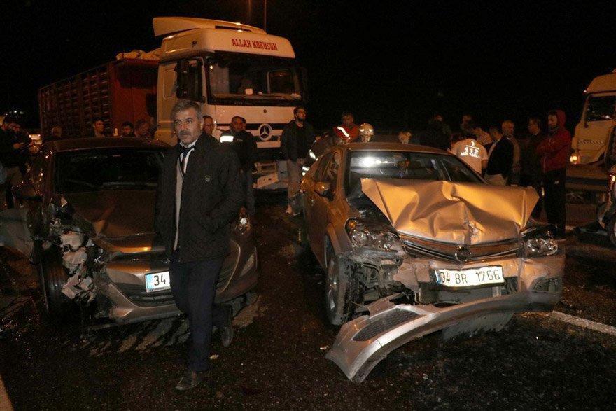 Kazada 16 kişi yaralandı. AA