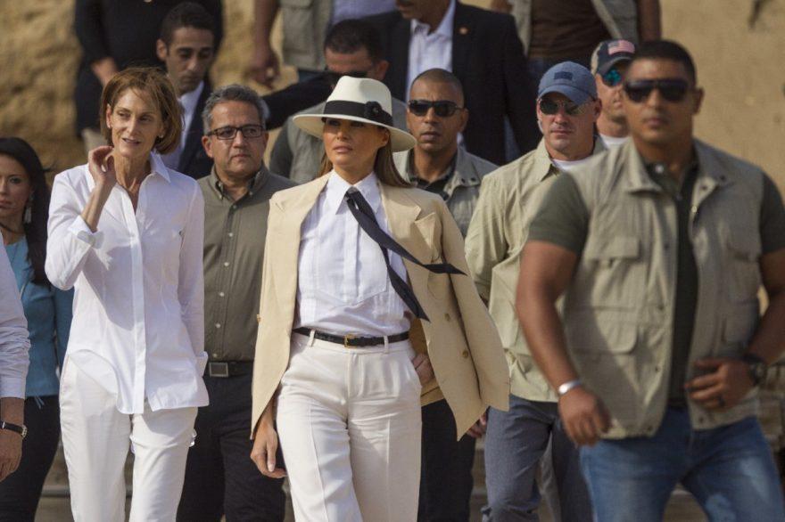 Trump'ın Afrika ziyareti sırasında giydiği kıyafeti gündeme oturdu. İHA