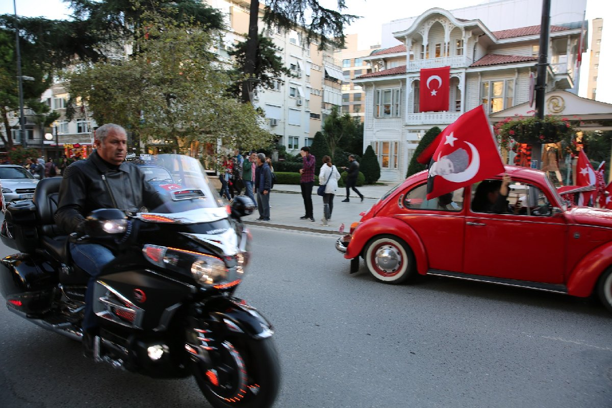 Vosvos ve motosikletler geçiş yaptı. DHA