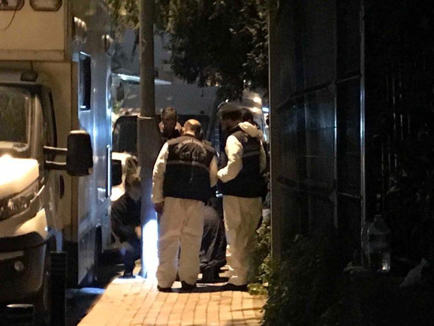 Ekipler sokak lambalarını söndürdü. FOTO: SÖZCÜ - FATMA VURGUN