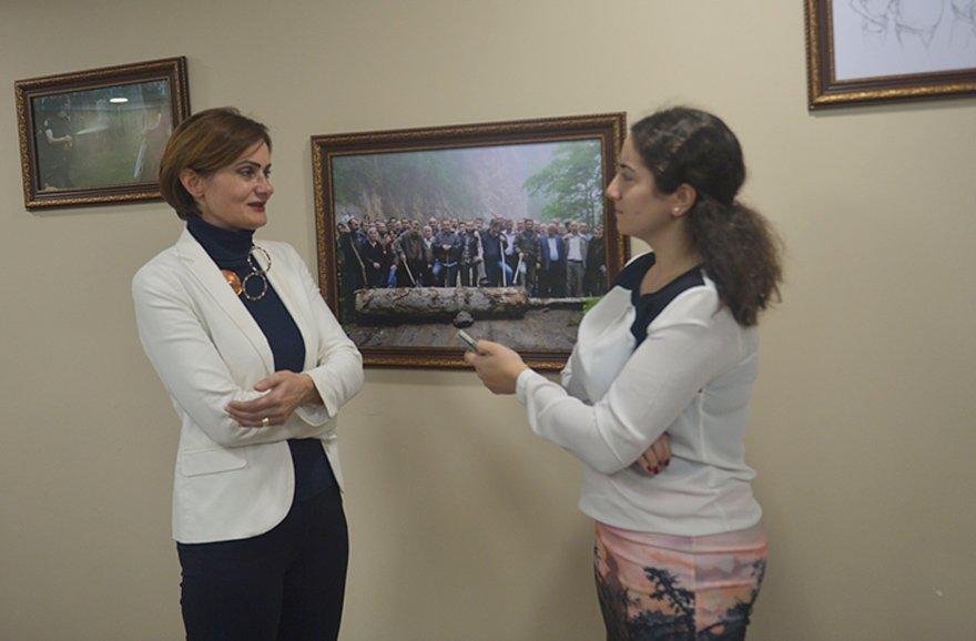 """OY HIRSIZLIĞINA İZİN VERMEYİZ Canan Kaftancıoğlu, Hande Zeyrek'in sorularını yanıtladı. """"24 Haziran'da oy hırsızlığına izin vermedik. Yerel seçimde de vermeyiz"""" dedi."""