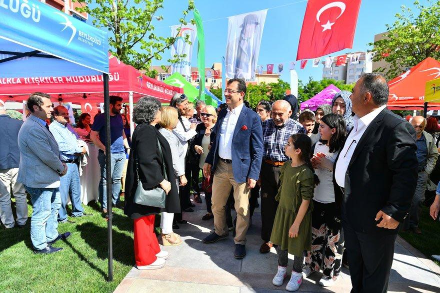 """'UMARIM 2019'DA GÜZEL DEĞİŞİMLER OLUR' Projeleri hakkında bilgi veren Ekrem İmamoğlu, """"Umarım 2019'daki yerel seçim güzel değişimlere vesile olur"""" dedi."""