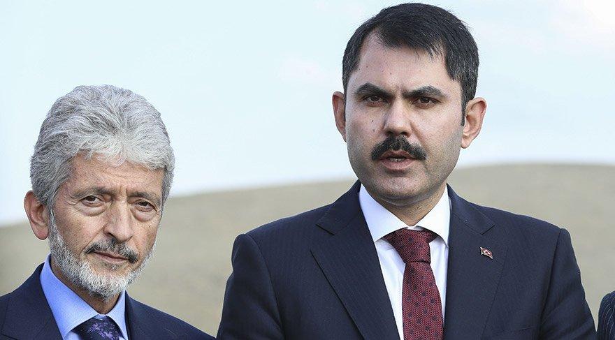 Bakan Kurum Ankara Büyük Şehir Belediye Başkanı Tuna ile birlikte incelemerde bulundu. AA