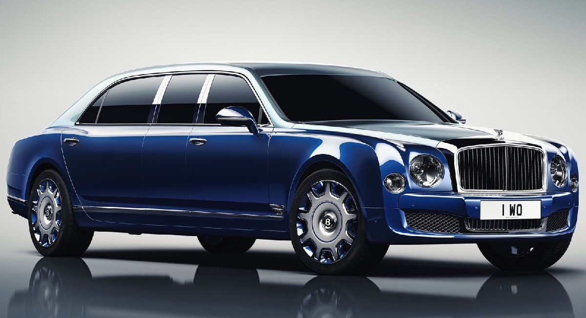 bentley-mulsanne_grand_limousine_by_mulliner-2017-1600-01-kopya