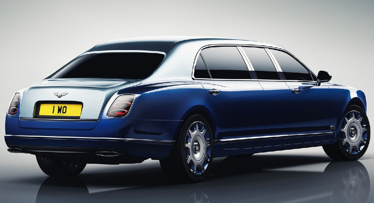 bentley-mulsanne_grand_limousine_by_mulliner-2017-1600-03-kopya