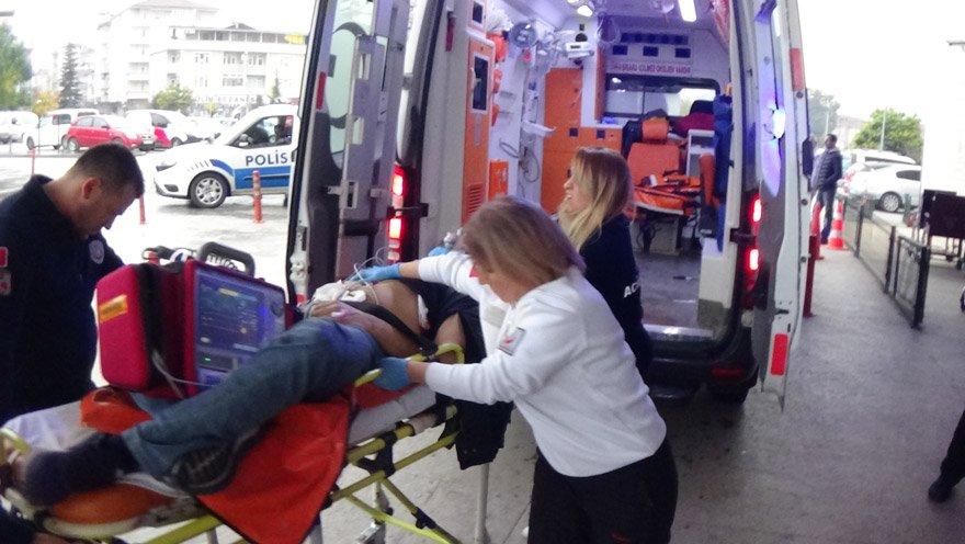 Baba yaralı olarak hastaneye kaldırıldı. İHA