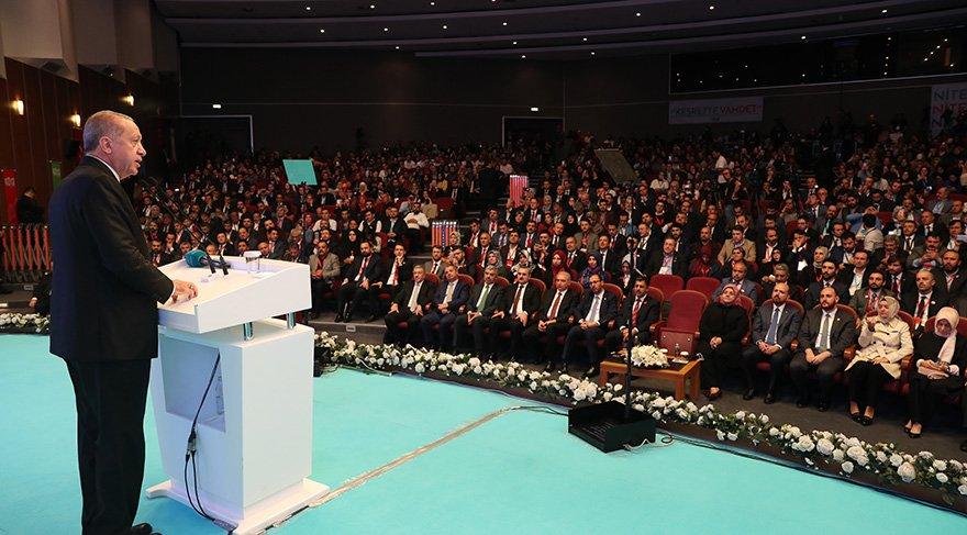 Cumhurbaşkanı ve AKP Genel Başkanı Recep Tayyip Erdoğan, Türkiye Gençlik Zirvesi'nde konuştu