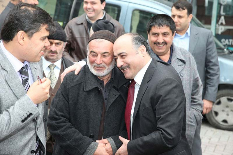 Güngören Belediye Başkanlığı görevini 2004 yılından beri Şakir Yücel Karaman yürütüyor.