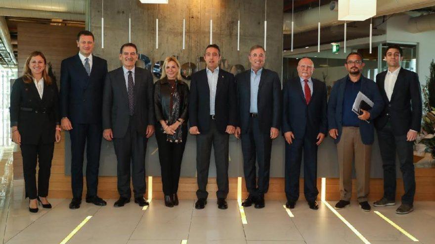 """İş dünyası liderleri, """"Türkiye'nin En İyi Yönetilen Şirketleri""""ni seçiyor"""