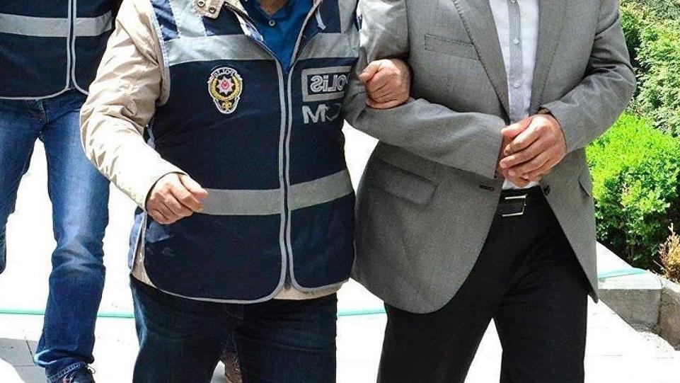 Belediye başkanının damadı FETÖ'den tutuklandı