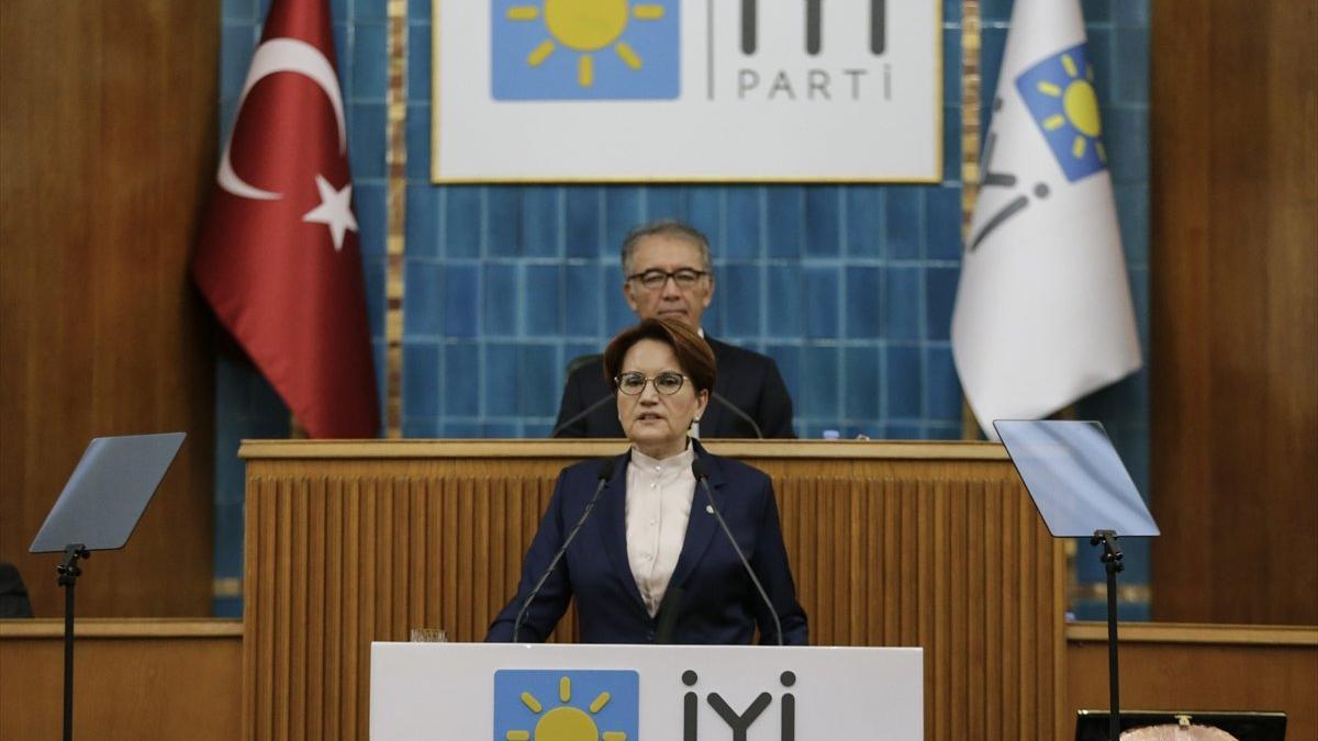 Meral Akşener, Berat Albayrak'a yüklendi