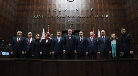 Erdoğan AKP'nin 20 belediye başkan adayını açıkladı