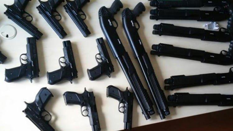 Sosyal medyadan silah satanlara 8 ilde operasyon