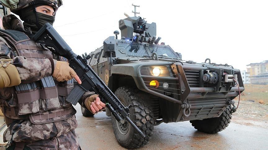 3 ilde PKK operasyonu: Eylem hazırlığındaki 9 örgüt üyesi yakalandı