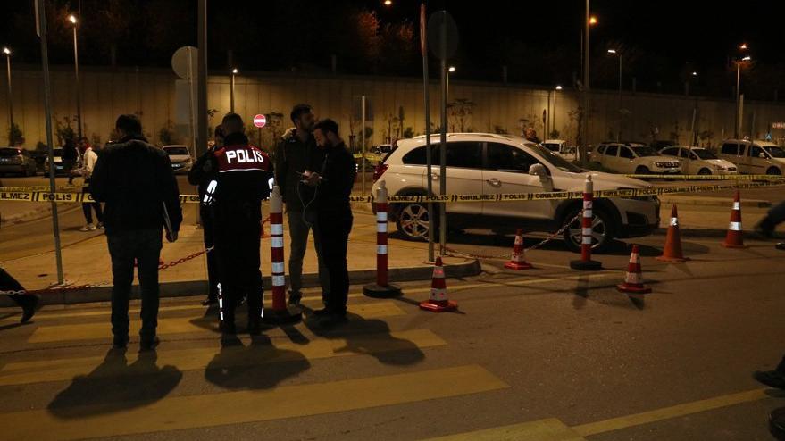 Adana'da hastane otoparkında silahlı kavga: İki kişi hayatını kaybetti
