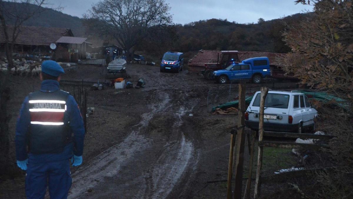 Arazi kavgasında kız kardeş, ağabeyini öldürdü