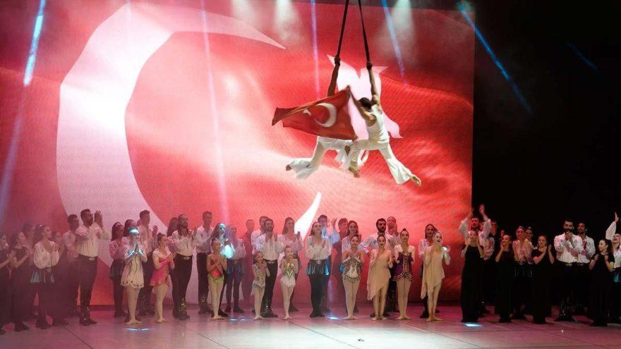 Anadolu Ateşi, yenilenmiş gösterisiyle sahnede