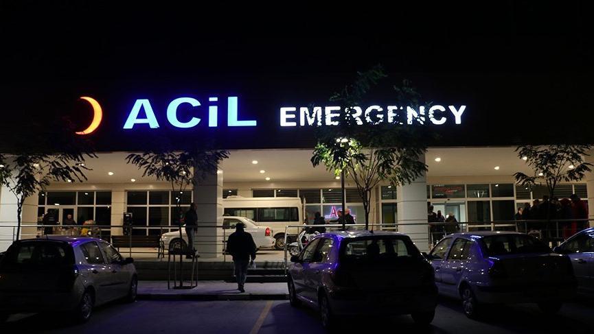 Manisa'da 21 asker gıda zehirlenmesi şüphesiyle hastaneye kaldırıldı