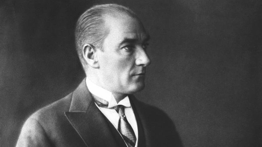 Fotoğraflarla Atatürk... Ulu Önder Mustafa Kemal Atatürk 80 yıldır özlemle anılıyor