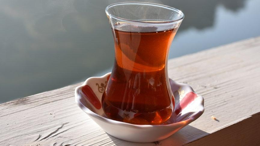 Türkiye çay ithal etmek zorunda kalacak