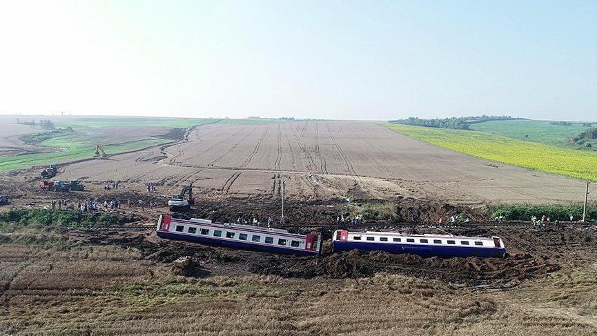 Çorludaki tren faciasının görüntüleri ortaya çıktı: Makinistler kusurlu mu kusursuz mu?