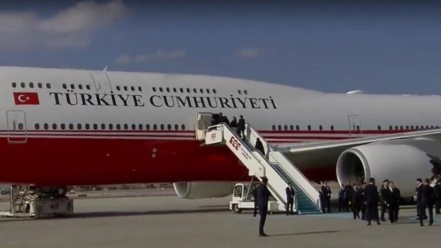 Erdoğan Paris'e yeni uçağıyla gitti
