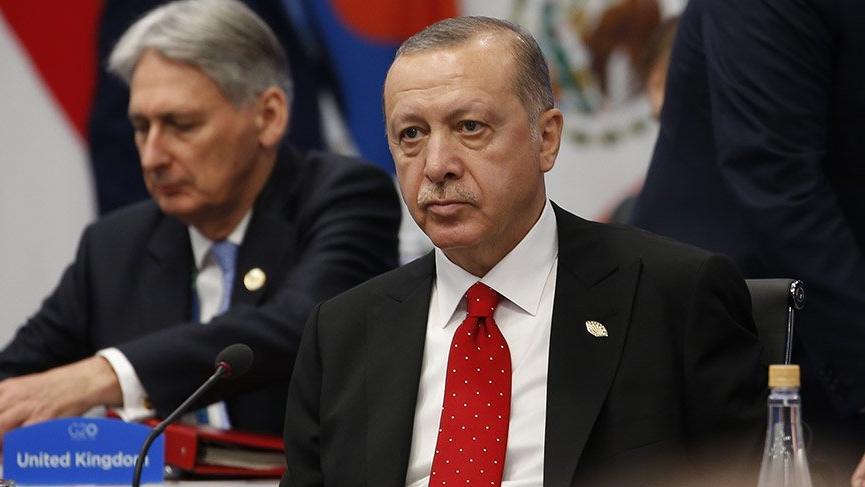 Erdoğan Trump'la ayaküstü görüştü!