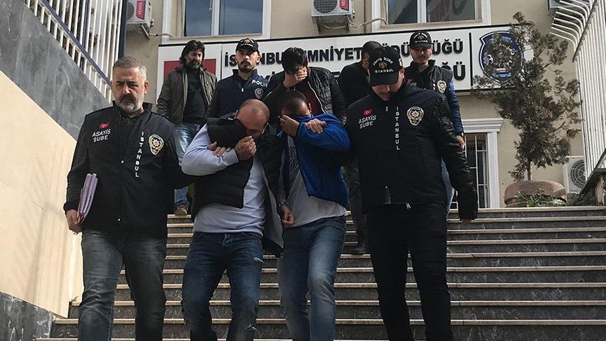 Sahte polisler gasp yaparken yakalandı