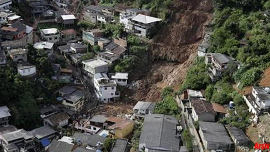 Brezilya'da toprak kayması: 5 ölü 11 yaralı