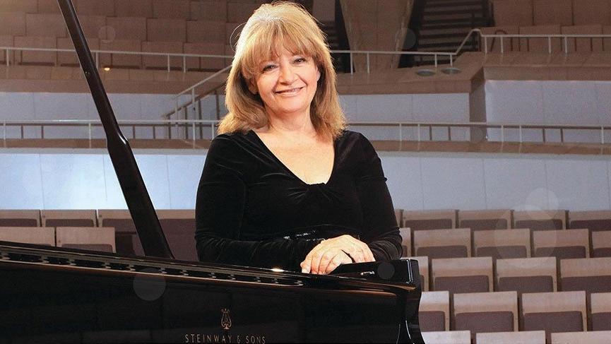 Dünyaca ünlü piyanistimiz İdil Biret'ten anlamlı konser