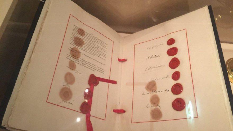 Türkiye Cumhuriyeti'nin temel taşı, Lozan antlaşması ilk kez gün yüzüne çıktı