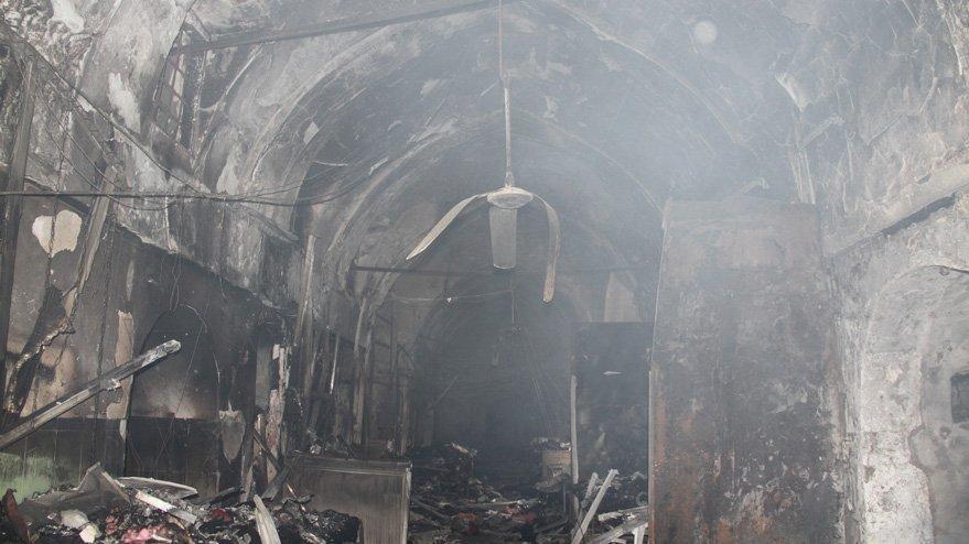 Kayseri Çarşısı'nda yangın... 67 kuyumcudaki 5 tonluk altın eridi