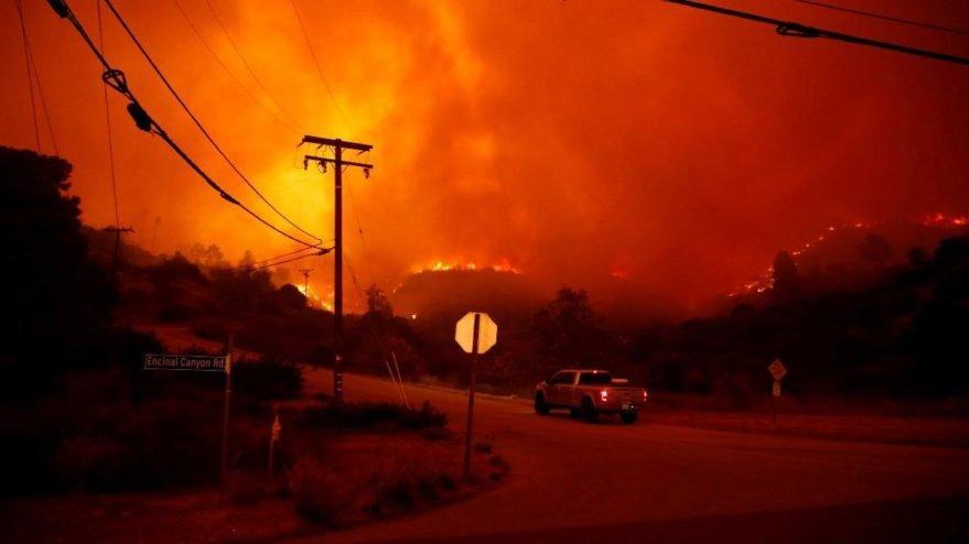 California tarihindeki en büyük orman yangını! Ölü sayısı 31'e yükseldi