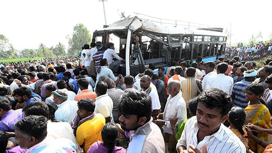 Hindistan'da facia: 28 ölü