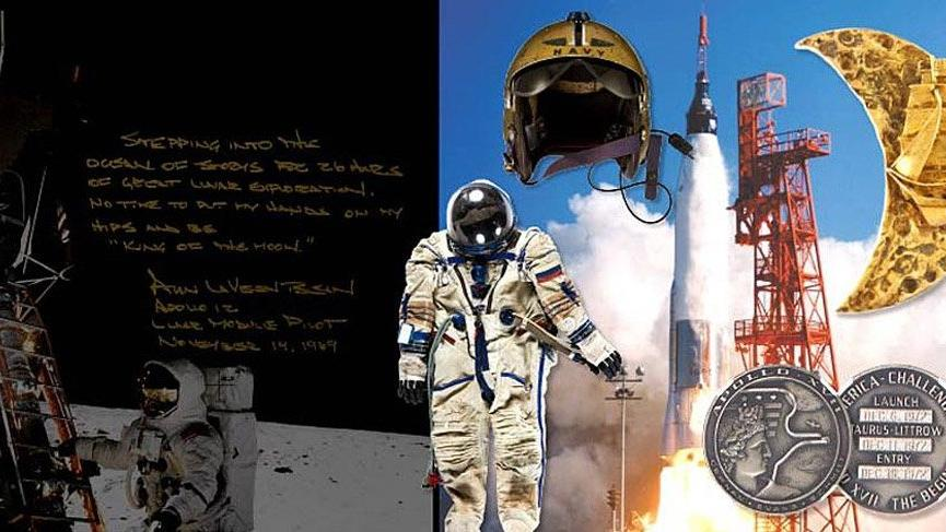 Ay'a ilk ayak basan insan Neil Armstrong'un eşyaları satıldı