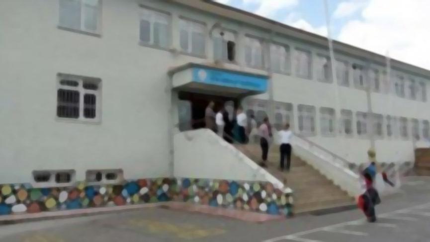 Çorum'da okul müdürüne bıçaklı saldırı iddiası