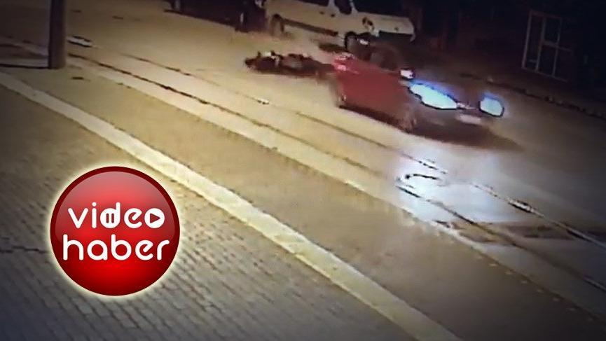 Motosikletteki ölüm bir iş yerinin kamerasına yansıdı