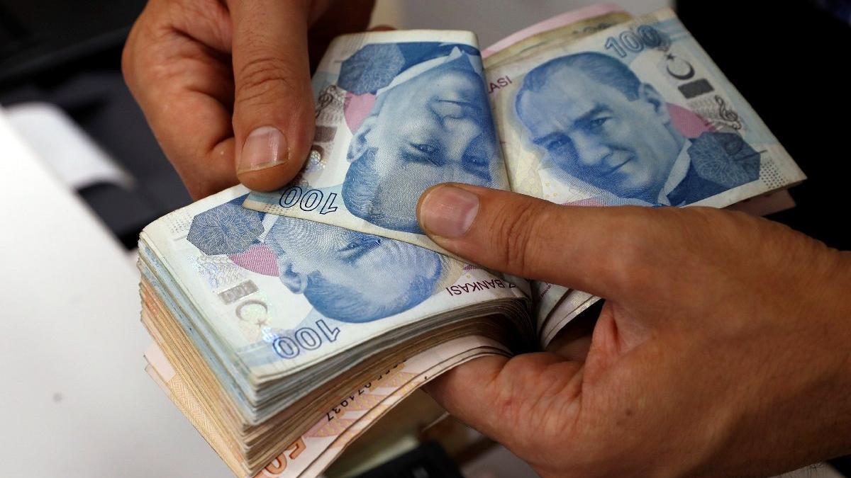 Memur-Sen'den 'en az 2 bin lira' asgari ücret çağrısı