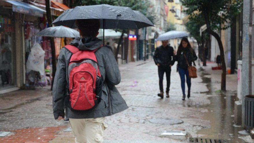 Meteoroloji'den hava durumu açıklaması | İstanbullular dikkat yağmur geri geldi!
