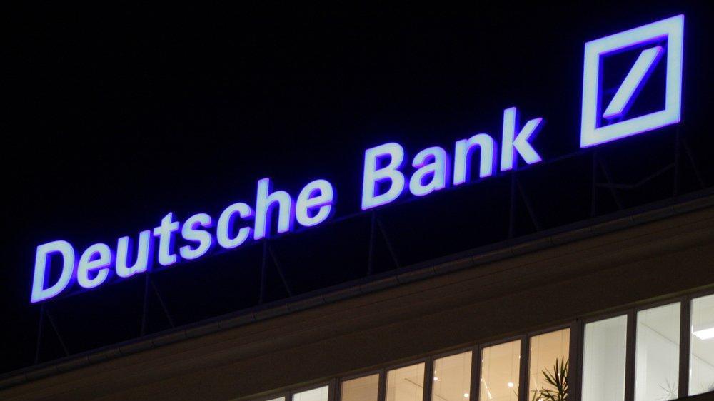 Almanya'nın en büyük bankası borsada eriyor