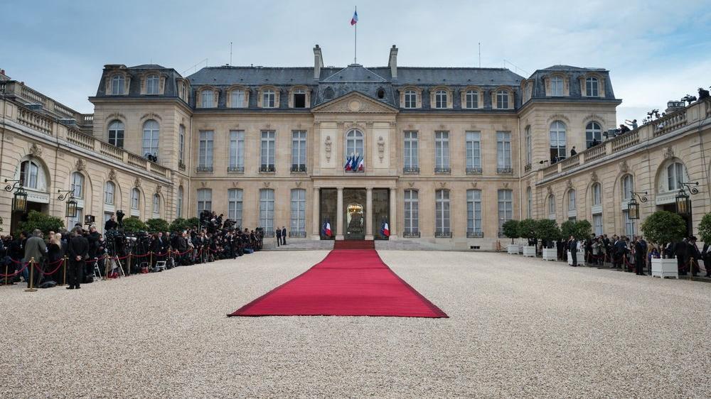26 Kasım 12:30 Hadi ipucu sorusu: Élysée Sarayı hangi ülkededir? Élysée Sarayı nerede?