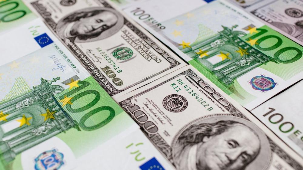 Dolar ve euro aldık