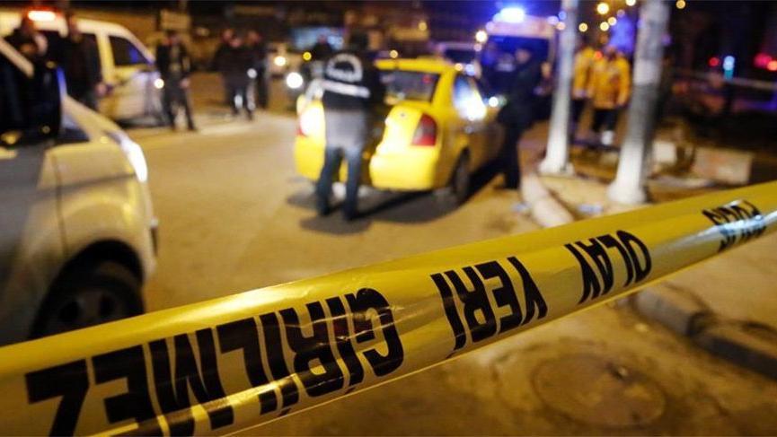 İzmir'de silahlı kavga! Biri ağır, iki kişi yaralı