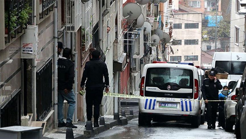 Şişli'de bir evde silah sesleri! Etkisiz hale getirilen şahıs ve ağabeyi gözaltına alındı