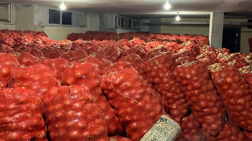 Stok yapan depoya baskın! 30 ton soğan ele geçirildi | Son dakika haberleri