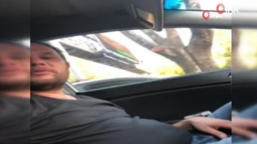 Kadın turist kendisini dolandırmaya çalışan taksiciyi görüntüledi