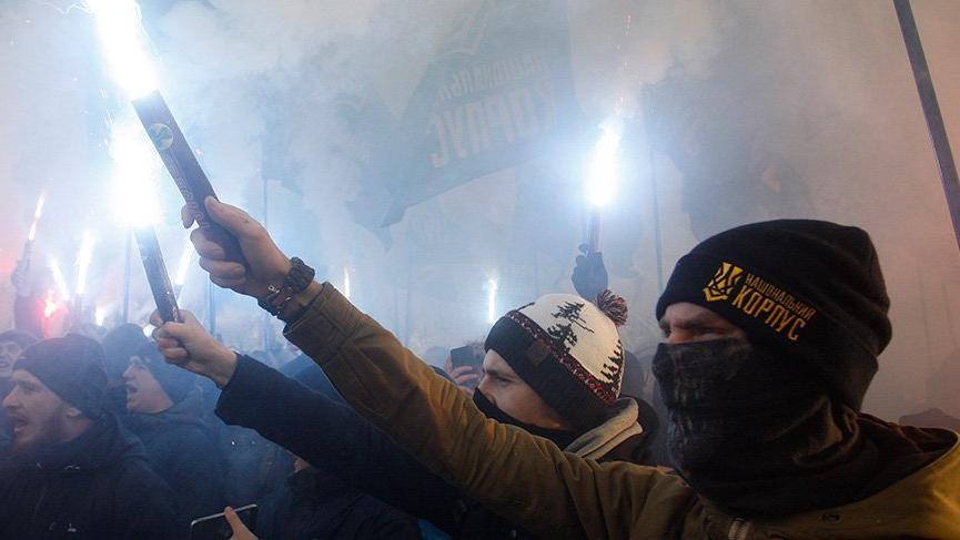 Ukrayna sıkıyönetim ilan etti