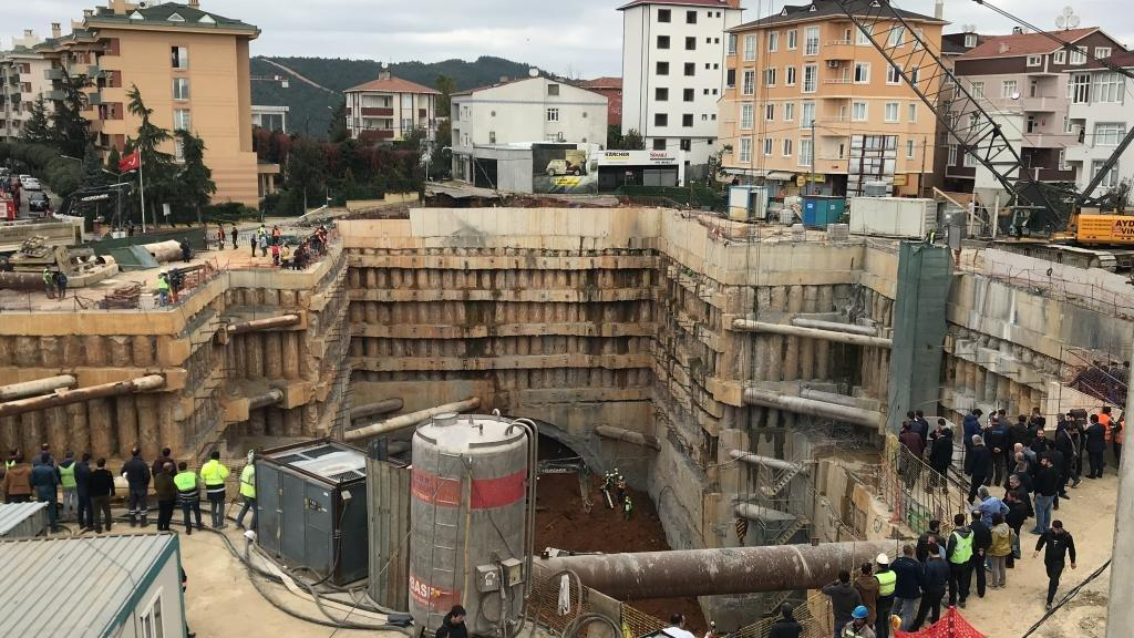 Ümraniye metro inşaatında göçük: 2 ölü